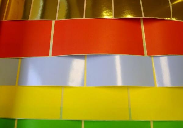 Etikettenfolien in verschiedenen Farben